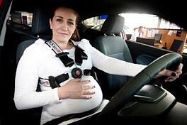 pregnancy seatbelt