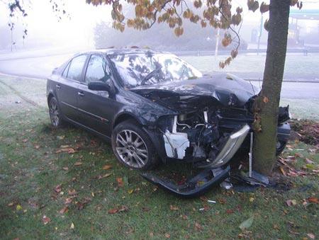 texting while driving car crash