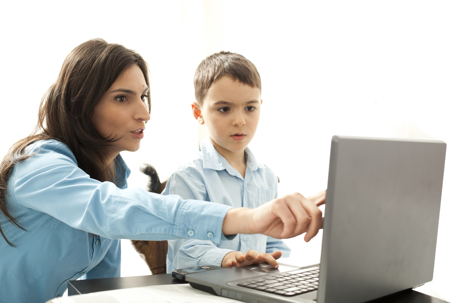 Parents monitoring social media