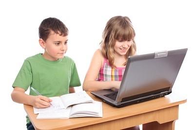 kids on computer
