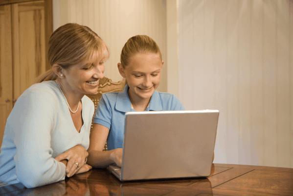 parent teaching Internet safety